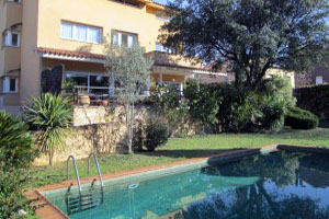 Ref. 1325 - Single Family house of 425m2